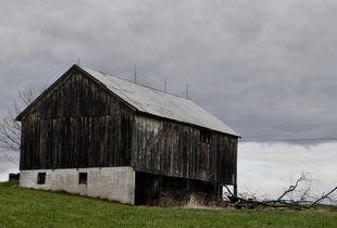 Pious Ridge Barn
