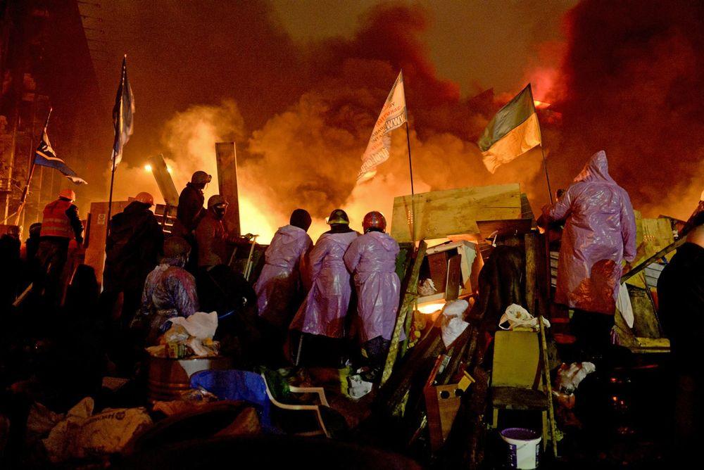 ukraine revolution 2014 in color photographs byalfred yaghobzadeh