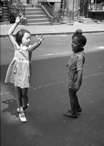 New York, circa 1940, © Helen Levitt. Courtesy Laurence Miller Gallery and/or powerHouse Books.