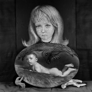 "Bereaved. From the series ""Asylum of the Birds"" © Roger Ballen"