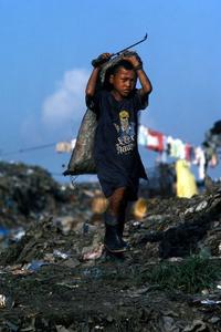 © 2014, Stephen Shames — Philippines. Tondo Dump.
