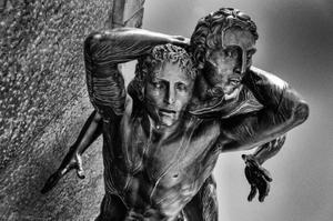 Bronze wrestlers
