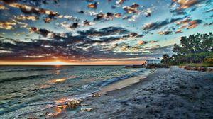 Dramatic Sunset on the Beach on Longboat Key