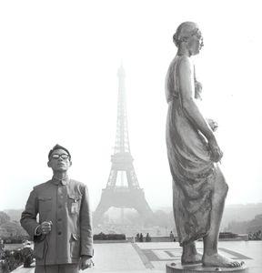 Paris, France, 1983 © Kwong Chi Tseng, Ben Brown Fine Arts
