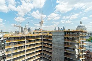 New corporate build, Ludgate Hill, London