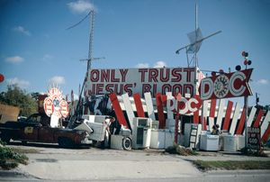 From the Car, Florida, 1970. © Joel Meyerowitz. Courtesy Edwynn Houk Gallery, NY