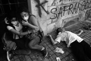 """Many protesters were wounded during the increasingly violent protests. From the series """"Witnessing Gezi"""" © Emin Ozmen"""