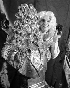Jeff Koons and Louis XVI