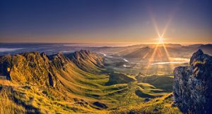 Sunrise from the Te Mata Peak, Napier, Hawkes Bay New Zealand