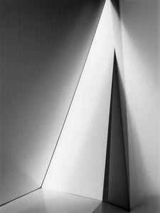 Triangular Hall, 2012 © Fabiola Menchelli Tejeda