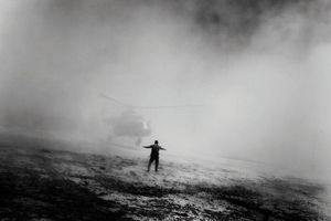 A helicopter used by the Drug Enforcement Administration and Afghan troops lands in Kabul after completing a mission. Afghanistan 2006 © Paolo Pellegrin
