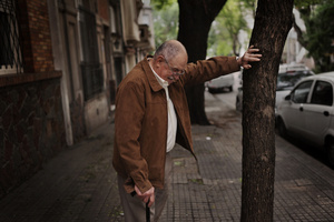 Abuelo Rodolfo en Montevideo