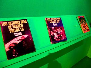 Trilogy photobooks 'Los últimos días vistos de Franco en TVE', 'Los primeros días del Rey vistos en TVE' and 'Los últimos días vistos del rey. Arles, July 2015