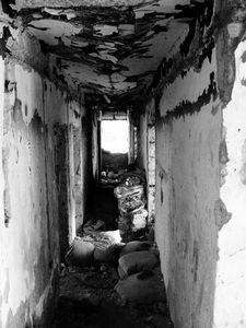 Hall détruit (voir la guerre)