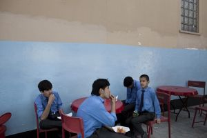 Lunch break in the private school Dunya Institute | Kabul, Afghanistan 2013 © Sandra Calligaro
