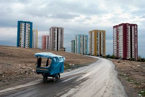 From the series Fault Lines: Turkey East to West © George Georgiou