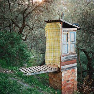 Composting toilet, Sierra Nevada, Spain, 2013 © Antoine Bruy