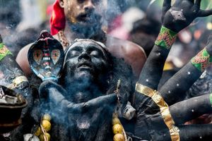 Black Kaali. Dussehra is an annual Hindu celebration. In Tamil Nadu, India it is being celebrated by thousands of devotees who offer prayer to the god by disguising themselves as one of their gods. © Elangovan Subrmanian, India, Shortlist, Arts & Culture, Open. Courtesy of 2015 Sony World Photography Awards.