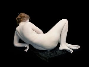 "Audrey with toes and wrist bent, 2011. From the series ""Bodies. 6 Women, 1 Man"" © Nadav Kander. Courtesy Flowers Gallery."