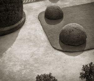 """Terrace, Powis Castle, Wales, 18.5x16"""" Platinum Palladium © Beth Dow"""