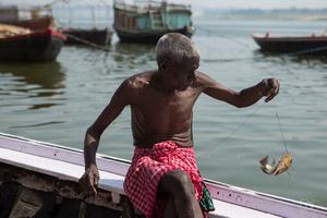 Fishing in Varanasi