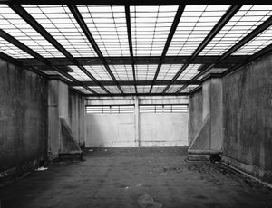 "Exercise yard, isolation block, Fleury-Merogis, 2001. From the series ""Panopticon"" © Mathieu Pernot"
