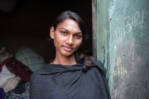 a hijra who lives and works near King's Circle station in Mumbai  © Alison McCauley