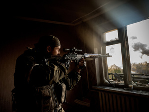 Separatist sniper during the attack of the airport of Donetsk.