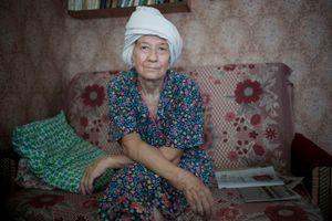 """Alevtina on Banya Day, Russia, 2011. From the series """"Alekhovshchina: Two Sisters"""" © Nadia Sablin"""