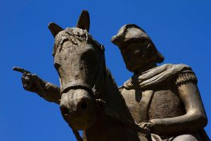 STATUE OF GENERAL JOSE DE SAN MARTIN © Diego Aráoz