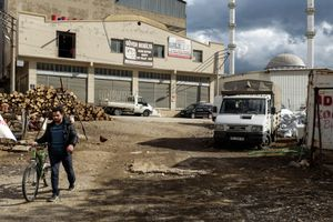 The industrial area of Karabağlar district in Izmir, where thousands of children are working between 12 and 13 hours per day, six days a week.