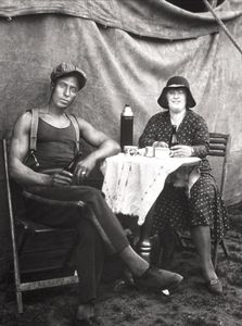 Circus Artists, 1926-1932 © August Sander