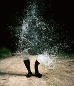 Wasserstiefel (Water boots) © Roman Signer, courtesy of Prix Pictet 2008