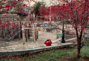 St. George, Staten Island, NY, 1983 © Robert Herman