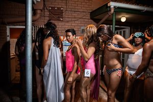 Miss Temptation Beauty Pageant 2014, Alicia in line