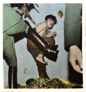 """""""Luis Aldana uno de losantisocialesdetenidos en lamañanadehoycuandotratabade huir""""""""Luis Aldana one of the antisocial arrested in the morningWhen he trying to escape """"Enero Jan27/69"""