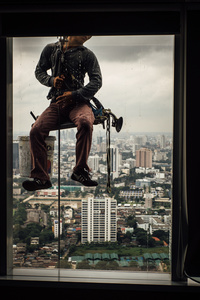 Work atop skyscraper