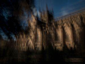 St Mary's Cathedral.                                © Ross Duncan