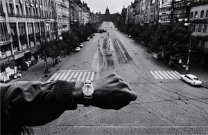 Invasion, Prague, 1968 © Josef Koudelka / Magnum Photos