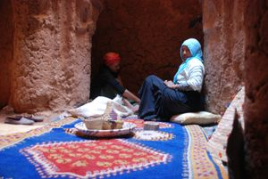 The Carpet Weavers. Agdz, Morocco
