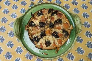 Tarte aux abricots de saison et Prunes