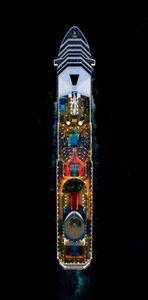 Jeffrey Milstein - Cruise Ships | LensCulture