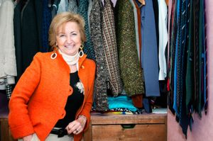 Daniela_by her closet