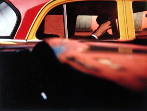 Taxi, 1957 © Saul Leiter, Howard Greenberg Gallery
