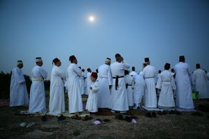 Mt. Grizim, May 07 - Samaritans during morning prayer as part of pilgrimage © Natan Dvir