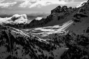 Mountain vs. skilift