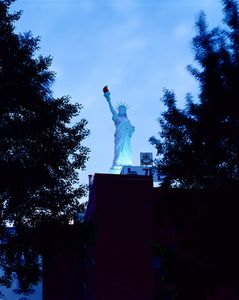 The Statue of New Garden, 2005-2013, Chromogenic Print, 178x220cm