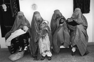 "Afghanistan. Hospital of Kabul. 1997. From the book ""War Photographer: Between Shadow and Light"" © Christine Spengler"
