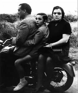 Sainte famille à moto, Rome 1956, © William Klein