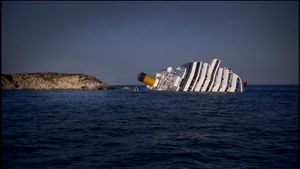 Island of Giglio, Italy (2012). Not an ordinary shipwreck.